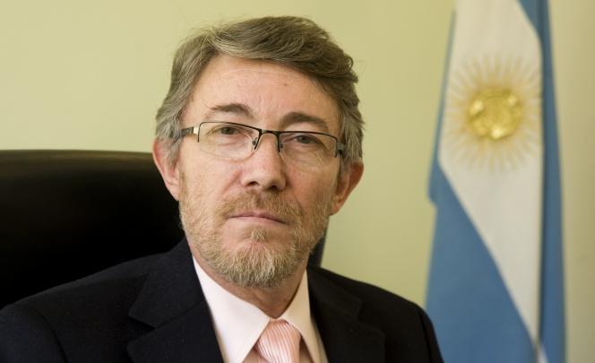 Dr. Ceccatto